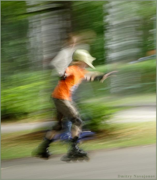 Движение : Попытка съемки с проводкой дала неожиданный результат (Фотограф Дмитрий Новоженов)